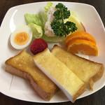 カフェ グリル高砂 - 料理写真:モーニングセットB 500円