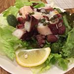 ターボラ - タコとオリーブのサラダ