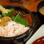 蝦夷屋 - カニ×イクラ丼