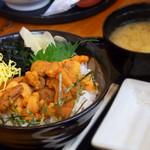 蝦夷屋 - ウニ丼