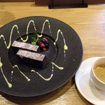 34604393 - チョコレートケーキセット¥420+¥200