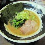麺屋 あびる - 家系醤油ラーメン