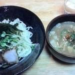 翔山 - 一番人気のつけ麺