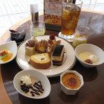 ペストリーショップ ラ・モーラ - 2009年9月【秋の味覚デザートブッフェ】