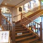 チーズワーフ - レストランへ続く階段
