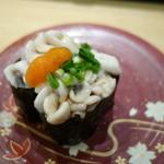 回転さかなや寿司・魚忠  - 2015.01 たち(白子)軍艦巻き、470円、235円/1貫