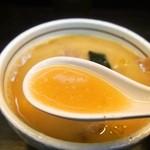 大阪大勝軒 - チャーシューつけ麺(並盛り)つけ汁