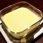 クサワケ - 料理写真:セロリ香るプリン