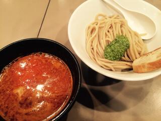 つけ麺 五ノ神製作所 新宿店 - ebiトマトつけ麺 ¥880 小盛りでチーズトッピング