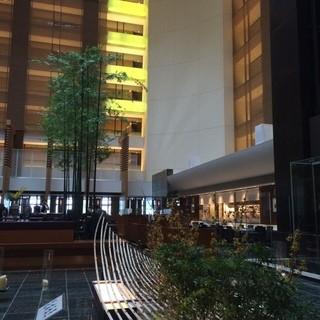 ザ・ダイニング ルーム - ストリングスホテル東京インターコンチネンタルの26階フロントロビーに位置する吹き抜けのレストランです\(^o^)/