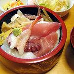 3465603 - 海鮮丼