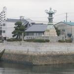 34650020 - 丸亀港の太助灯篭