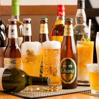 様々なお酒を揃えています。飲み放題60分980円(税別)~