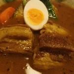 あじとや - ラフテーカレー(950円)
