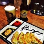 鶏そば十番156 - 黒豚餃子とビール