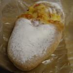 小麦の郷 - チーズとベーコンの全粒粉フランスでございます