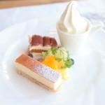 レストランミケイラ - ランチのデザートプレート