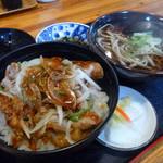 ぎん平 - 料理写真:肉丼そばセット 税込700円!