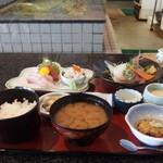 生簀屋 海 - 料理写真:http://umasoul.blog81.fc2.com/blog-entry-1401.html
