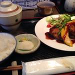 ごえん - 料理写真:日替りランチ メンチカツ