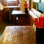 沖縄食堂 - テーブル