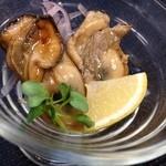 ツナグカフェ - 牡蠣のオイル漬け¥430