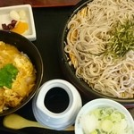 いずみ庵 - 料理写真:ざるそばと茶碗蒸し・小丼(親子丼)ランチ