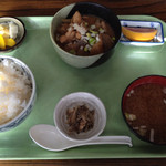 食彩酒房 さいせい - もつ煮定食(税込500円)