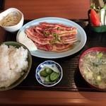 おれの焼肉 - 料理写真:焼肉定食(ランチタイム)(ライス大盛)734円