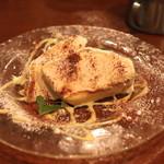 トラットリア・築地パラディーゾ - 栗とヘーゼルナッツ リコッタチーズのセミフレッド ズコット仕立て アングレーズソースを添えて (2015/01)