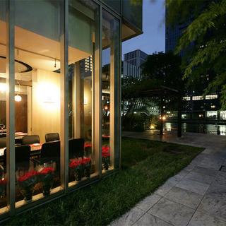 品川のウォーターフロントが一望できる最大14様までの完全個室
