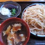 こせがわ - 肉汁うどん640円+糧三種盛り120円