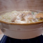 もも焼き百百ちゃん - 鶏スープ鍋!あっさりしてコラーゲンたっぷりです。