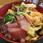 34687086 - まかない丼 ¥1000(税込)