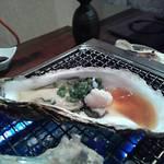 海鮮や辰海 - 焼き牡蠣