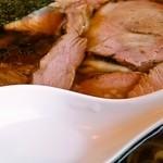ヱビスヤ - ワンタンチャーシュー麺「あっぷ図」