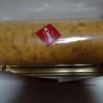 34708502 - ロールケーキ