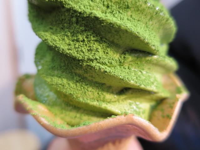 鎌倉茶々 - 抹茶っ茶ソフトクリーム プレミアムアップ