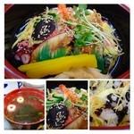 三郎寿司 - わたしは「ちらし(1100円:税込)を頂きました。ご飯は少なくしていただいています。 見た目がきれいですね。でも切り身が「蛸」穴子」「海老」の3種類のみなのです。