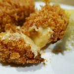 ぬる燗 - クリームはねっとりと濃厚。海老味噌の風味がします。