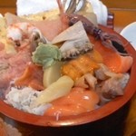 幸寿司 - びっくり丼(1/2)