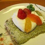 旬洋膳 椿 - 抹茶のシフォンケーキ