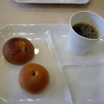 東横INN  - 朝食:9時以降はパンとコーヒーのみ
