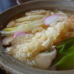 亀郷 - 料理写真:天ぷら鍋焼きうどん¥865-