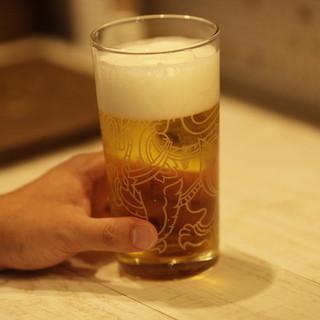 『シンハー生ビール』が楽しめます♪
