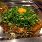 Okonomiyakinagataya - 長田屋焼1.350円
