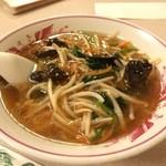 紅花 - サンマー麺 700円