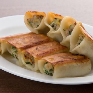 ジンホアオリジナル焼き餃子