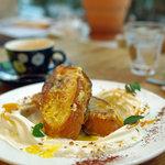 シルクレーム - 地卵を使った厚切りフレンチトースト