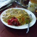 玉蘭 - 野菜カレーライス。カレーには珍しくキャベツが入ってます。